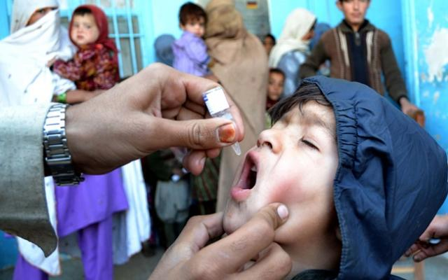 Polio vaccination, Pakistan (Asianet-Pakistan)