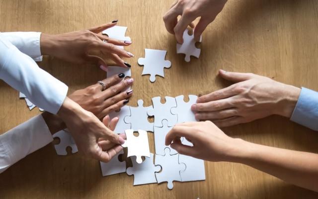 collaoration puzzle